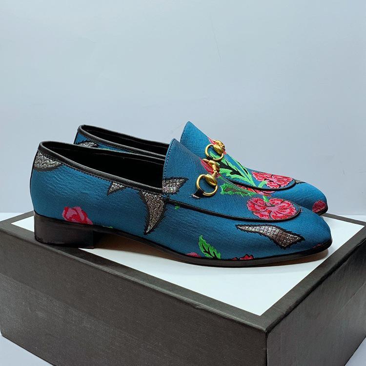 Mocassini alla moda retro ricamo pigro Scarpe Fule Uomo e donna barbiere Full Shoes Fashion Night Club