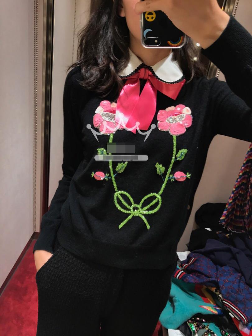 2019 Sonbahar Kış Noel Pist Tasarımcısı Kazak Örme Kadınlar Lüks Çiçek Nakış Sequins Kazaklar Jumper Giyim