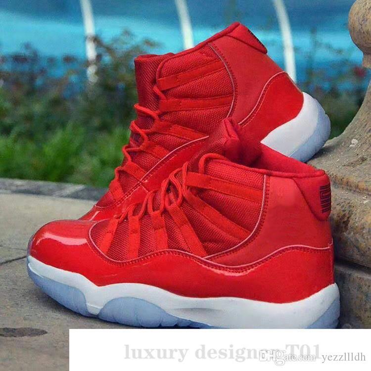 New WMNS Argent métallisé 11 11s haut Concord 45 Space Jam Hommes Chaussures de basket-ball Bred Gamma Bleu Barons Hommes Sport Chaussures Designer B46