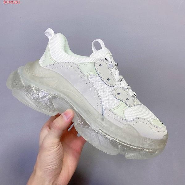 Üçlü S Moda Paris 17 FW Casual Erkek Sneakers Kadınlar Siyah pembe beyaz Gri mor Bred Spor eğitmenleri Boyutu 36-45 artmaktadır Açık