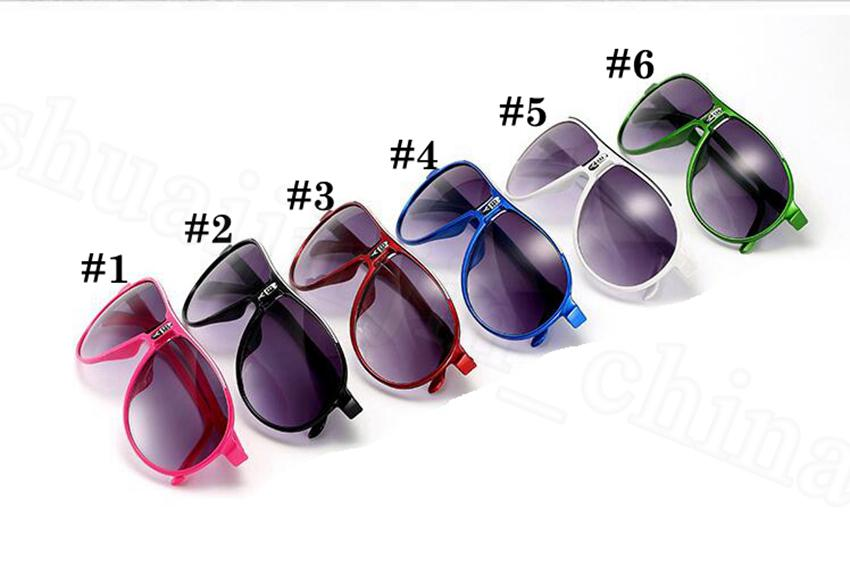 Outdoor 6 Occhiali da sole colori Beach Frame Sun Eyewear UV400 Bambini Occhiali da vista Occhiali estivi Sport Full Glass Outdoor OOA6930 MFWJH