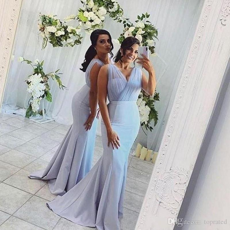 2020 Baby Blue Mermaid Bridesmaid Dresses Long V Neck Pleats Sleeveless Satin Maid of Honor Dress Sweep Train Satin Wedding Party Gowns