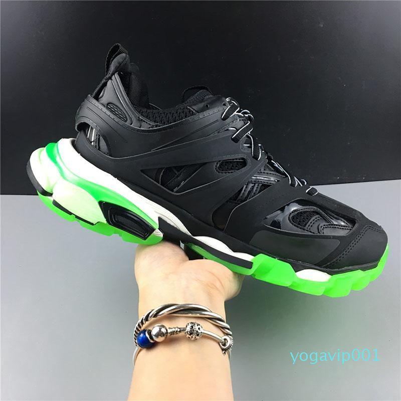 New Paris Brand Black Fluorescent Green Triple S Sport Shoes Men Women Fashion Dad Shoes Outdoor Jogging Designer Clucky Sneakers