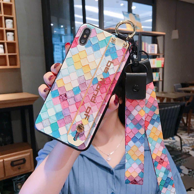 La caja del teléfono de TPU Correa para la muñeca suave para el iPhone 11 Pro Max X X Xr 7 8 Plus 6s 6 Casos de lujo titular de la cuerda de seguridad suave de la cubierta TPU