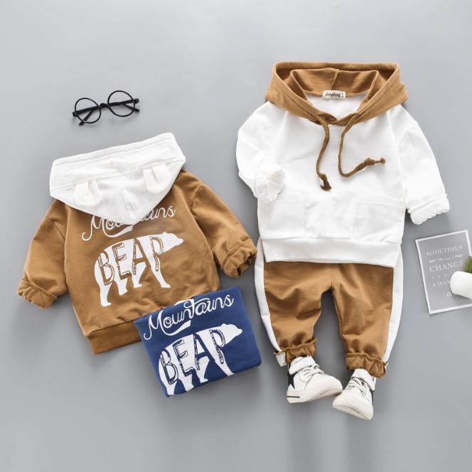 Neonate Ragazzi Set di abbigliamento Toddler Bambini Vestiti Tute Cappotto di orso polare T Shirt Pantaloni infantili per bambini Costume