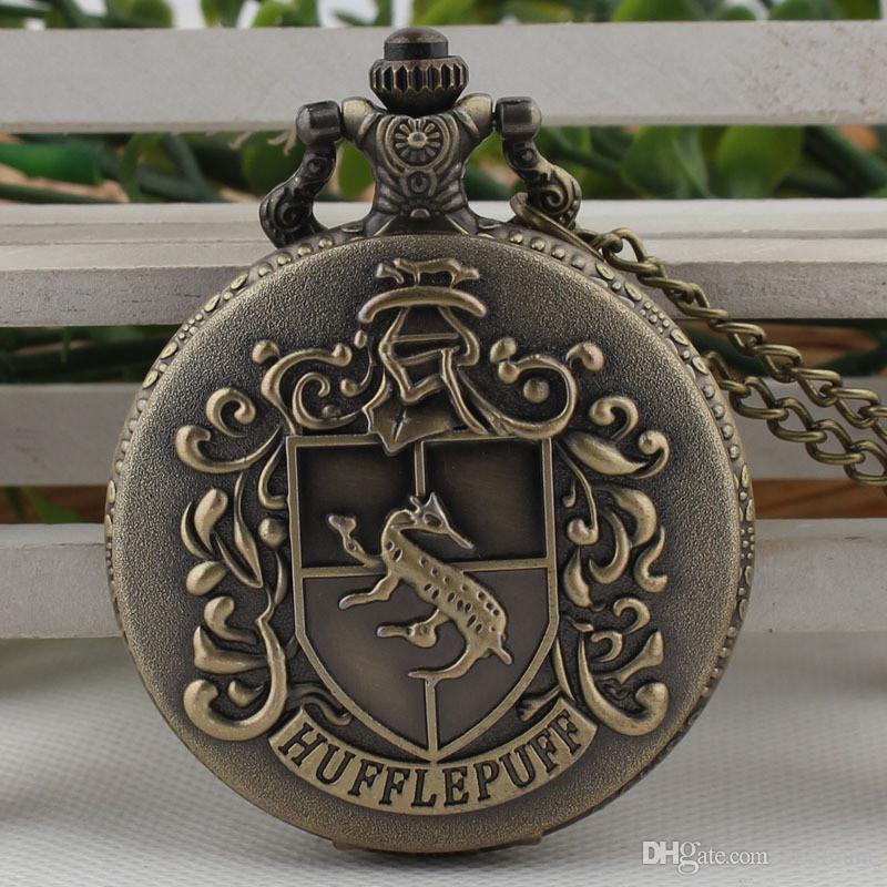 Vintage Hufflepuff Badger Quartz Pocket Watch Necklace H Potter Theme Hogwarts School Analog Pendant Necklace reloj de bolsillo