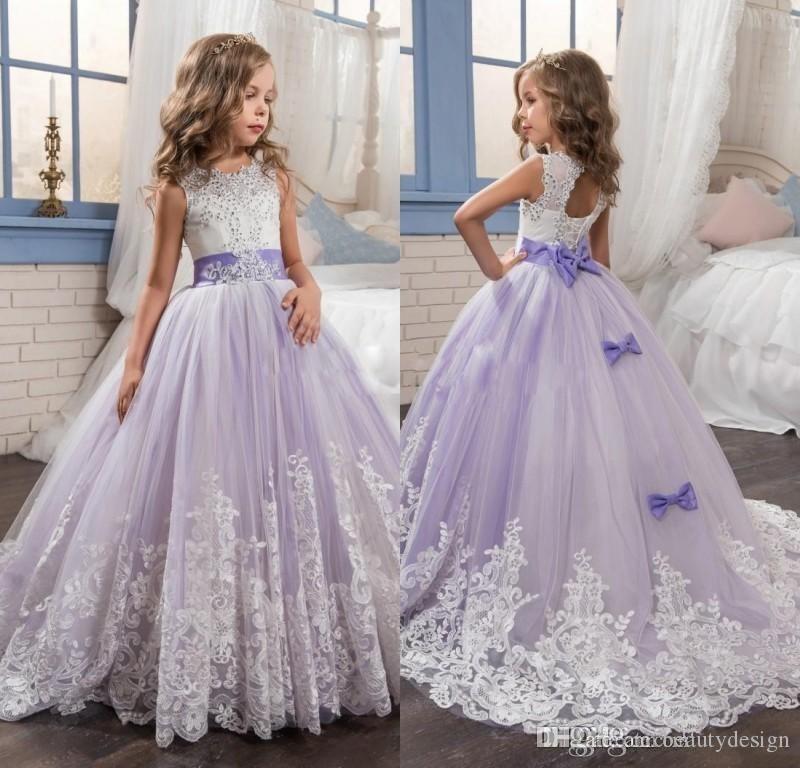 2019 Fairy Light Purple y White Flower Girls Vestidos Abalorios con apliques de encaje Arcos Vestidos para el banquete de boda para niños