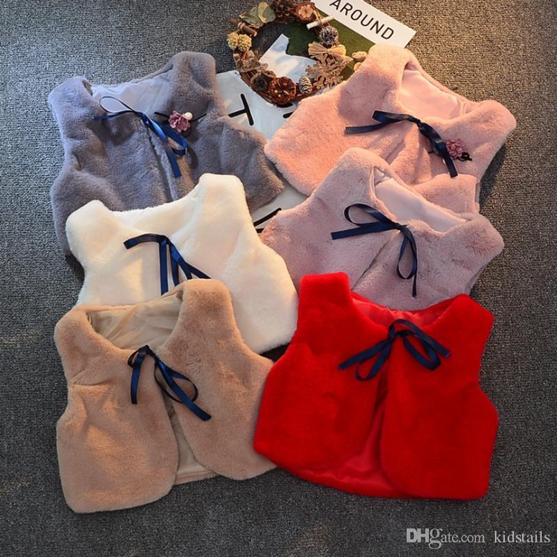 Kleinkind-Mädchen Weste aus Kunstpelz Baby-Weste Mäntel Pelz-warme Kinder Outwear Boutique Babykleidung 7 Farben Optional DW4545