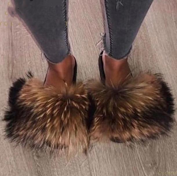 Hottest wirkliche Pelz-Slides Sommer-Strand-Fluffy Slipper 100% realen Waschbär-Pelz-Flip-Flops Sandalen Schuhe Großhandel