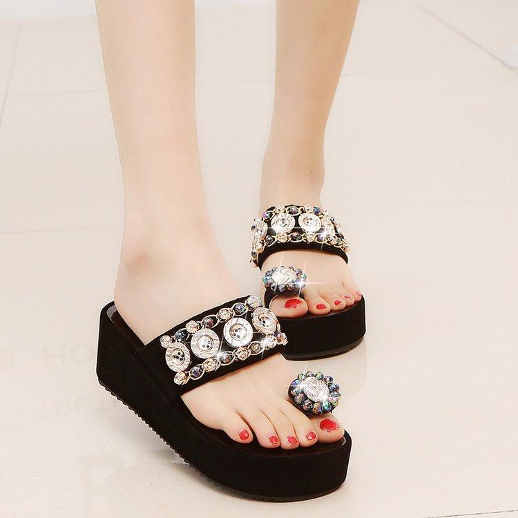 sandalias de tacón pendiente de las nuevas mujeres del verano 2019 para mujer zapatillas planas de espesor de la cubierta inferior del dedo del pie de los deslizadores de las mujeres desgaste mitad inferior