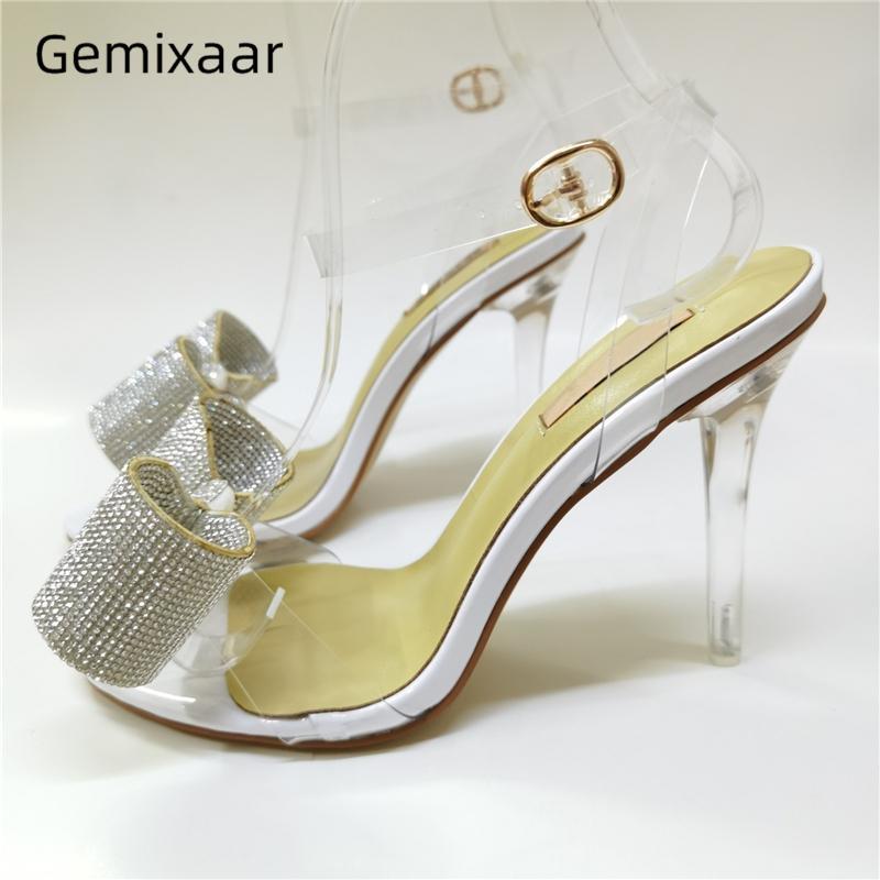 أحذية الصيف PVC الشفاف المصارع الصنادل النساء مرصع بالجواهر حجر الراين فراشة عقدة الكاحل Strappy واضحة رقيقة كعب