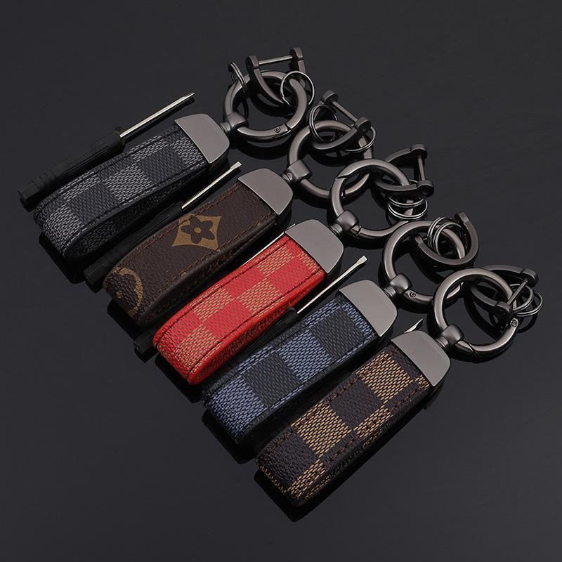 أوروبا وأمريكا نمط مفتاح سلسلة مع السيارة جلد الأعمال خواتم مفتاح للرجال هدية أزياء كلاسيكية طباعة اكسسوارات مفتاح