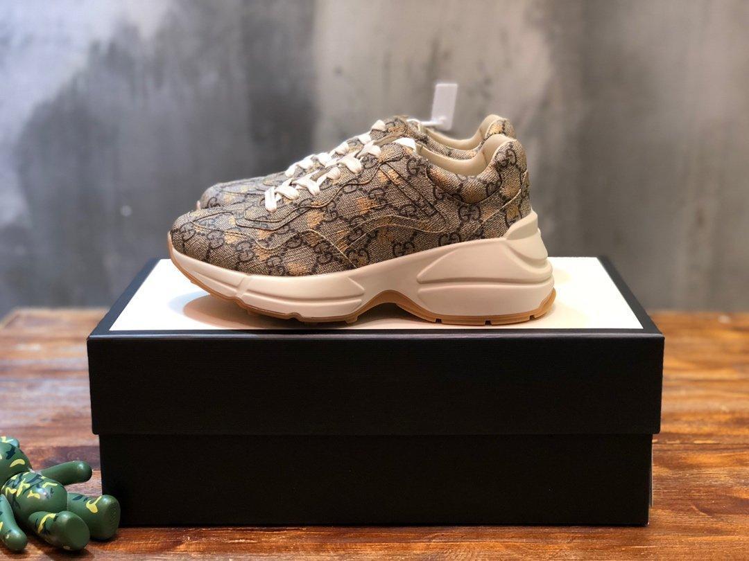 sapatos de grife impressos retro sapatilhas plataforma ar basquete sandália kanye triplo do vintage Alpercatas sandália lâminas 2020 novo