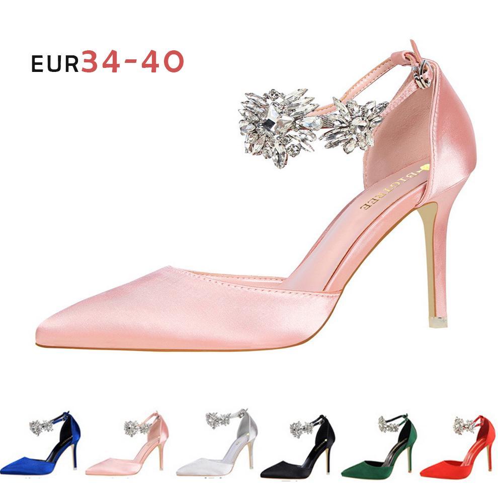 americana de tacón alto de satén zapatos de las mujeres del partido de tarde atractivo de usar sandalias puntiagudas de diamantes de imitación 2020 Nueva Negro Mujeres Rojo Verde Bombas