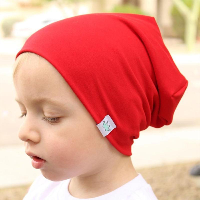 Plaine en tricot de coton pour enfants Skullies Bonnets enfants Broderie Couronne Chapeau Filles Garçons Printemps Automne Outdoor Casquettes