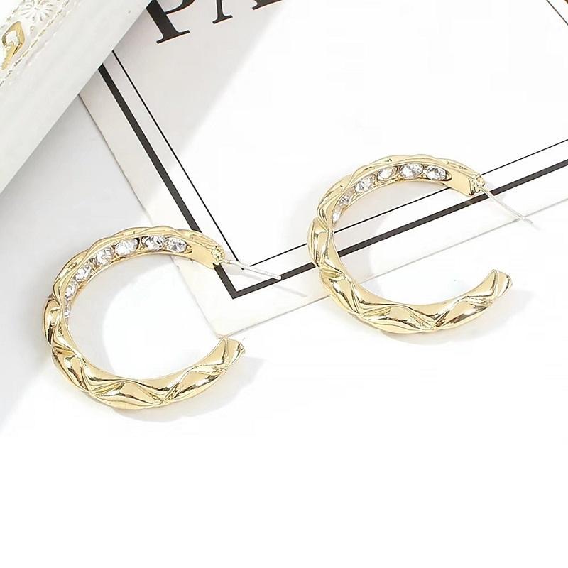 kadınlar lüks tasarımcı elmas bling için Moda aşımı mücevher C çember küpe altın arkadaşı takı aşk hediye zirkon çember huggie küpe çemberler