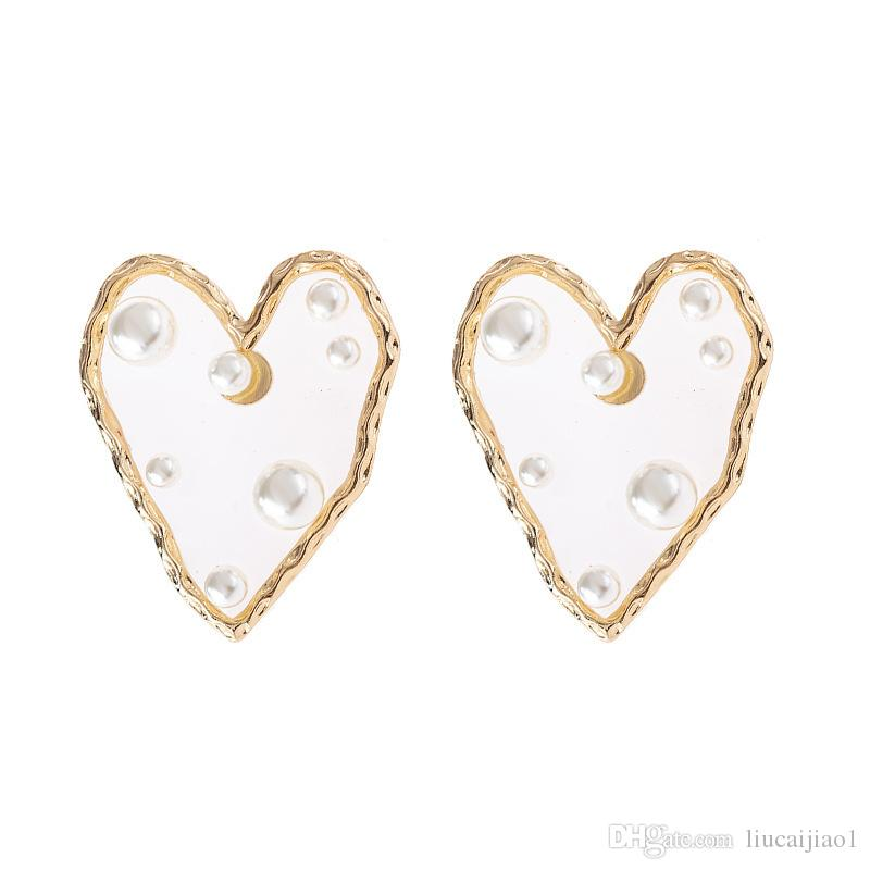 The same paragraph earrings exaggerated love transparent resin pearl earrings women