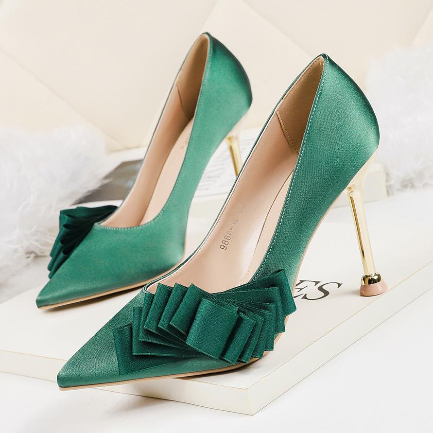 2019 Mujer del fetiche tacones altos de 10 cm Scarpins Zapatos femeninos verdes rosa tacones negros Escarpins Bombas vestido de boda del estilete de San Valentín