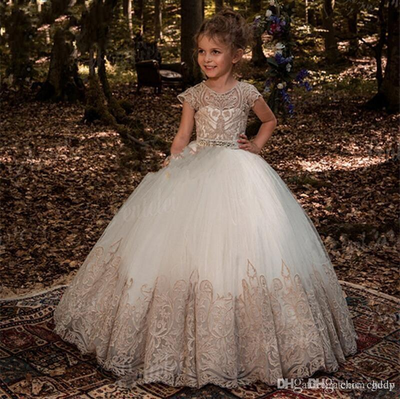 Flower Girl Dresses Princess Ball Gown Off Shoulder With Hand Made Butterfly Flowers Puffy Kids Toddler Pageant Gown