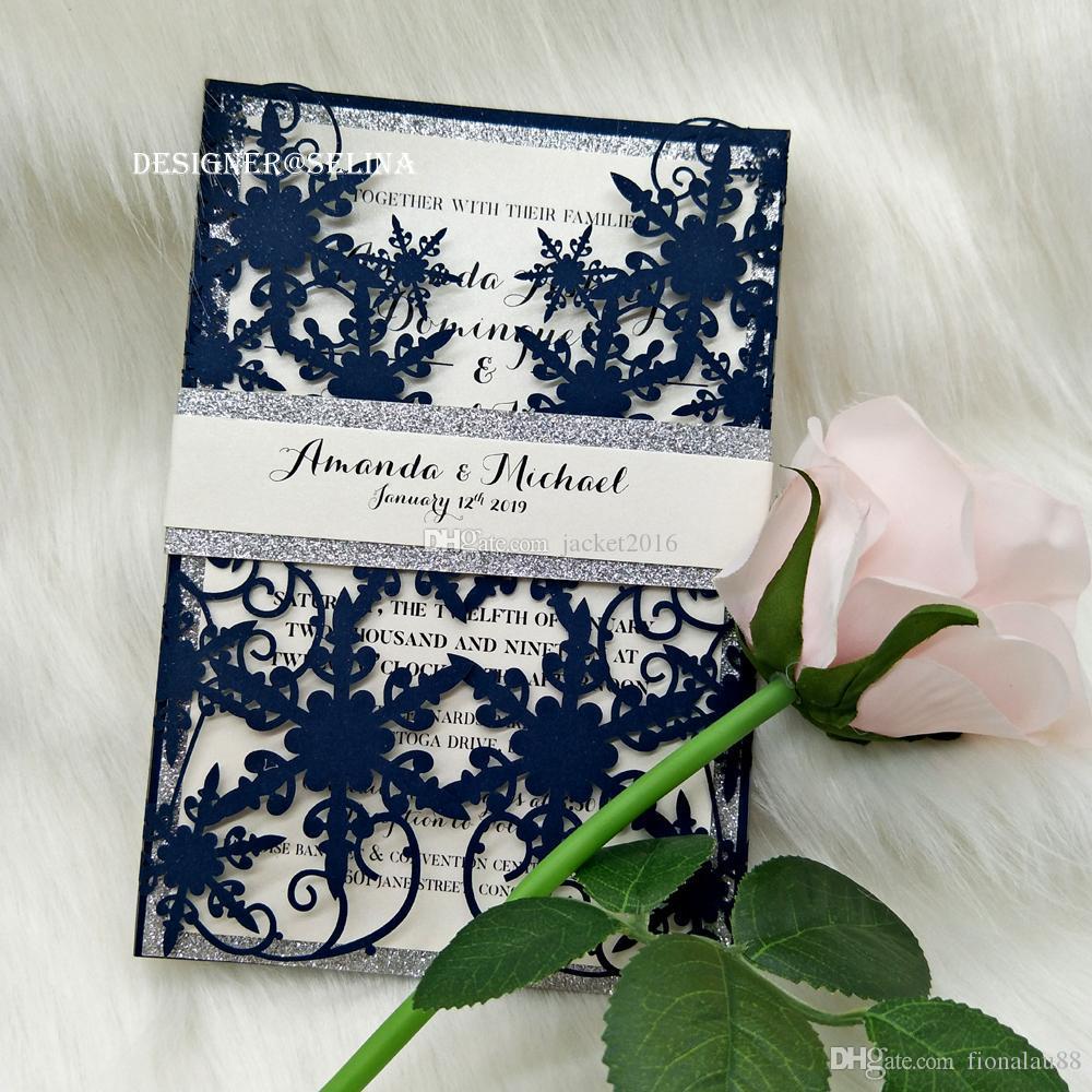 20 + La boda del color del invierno del copo de nieve Azul marino Shimmy láser corta con plata del brillo del vientre franja plegada invitación de la fiesta de bodas