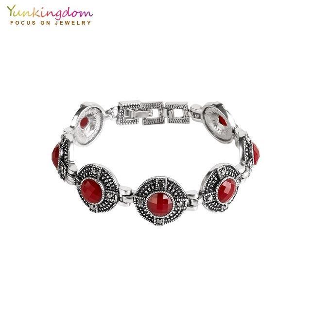 Kadınlar Moda Antik Gümüş Renk Bilezik Bilezik İçin ewelry Aksesuarları Yunkingdom Vintage Bohemia Kırmızı Reçine Charm Bilezikler ...