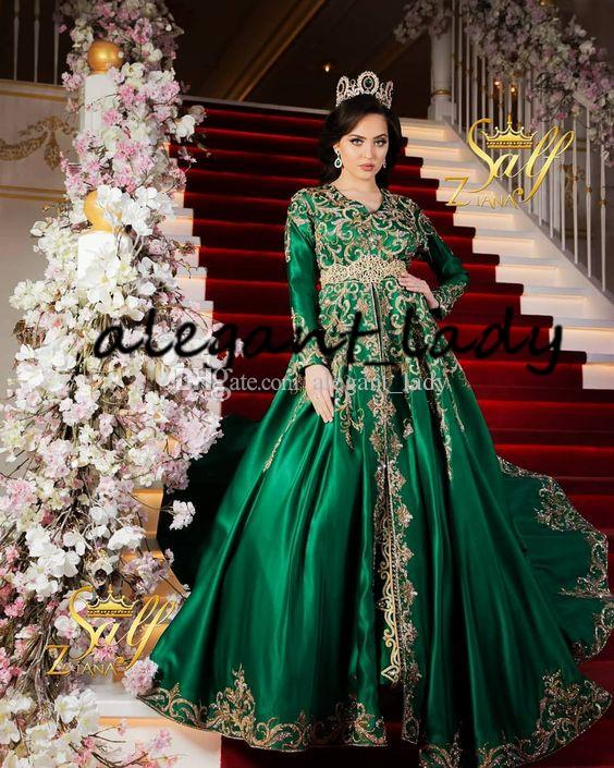 Emerald Green Muslim Evening Dresses with Long Sleeve Luxury Sparkly Gold Lace Detail Moroccan Princesses Romeo Plus Size Prom Gown