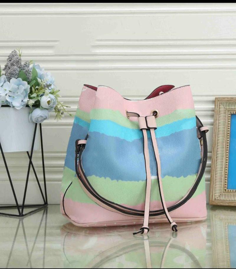 Tasarımcı çanta Lüks Ünlü Çanta Bayan Çanta Çanta Toptan Crossbody Soho Çanta Disko Omuz Çantası Çanta