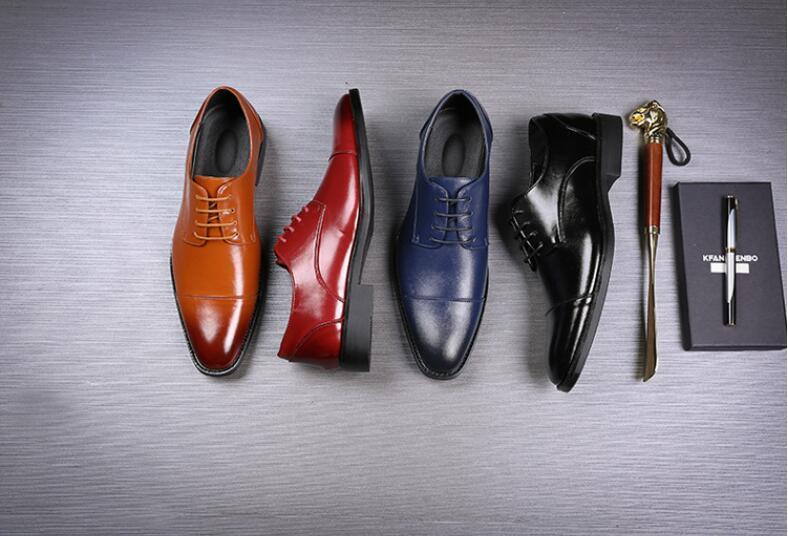 Di marca di alta qualità del vestito Uomini Oxford scarpe di cuoio Fashion Business Uomo Scarpe Mens Dress scarpe a punta da sposa grande dimensione