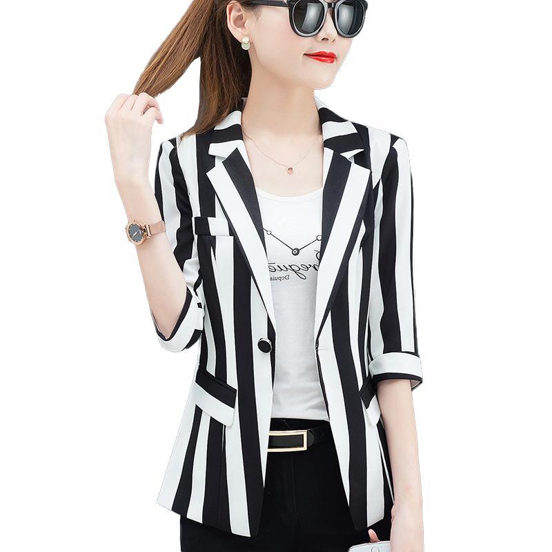 Rayé Slim Petit Costume Femmes Blazers Et Vestes Plus La Taille 2019 Automne Coréen Mince Manteau Moulante Noir Blanc Costume De Bureau Blazer SH190826