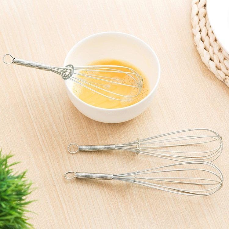 Mango de acero inoxidable batidor de huevo Bebida batidor mezclador espumador huevo de la cocina Herramientas mini mezclador de la manija Agitador Agitador Herramientas T2I5649-1
