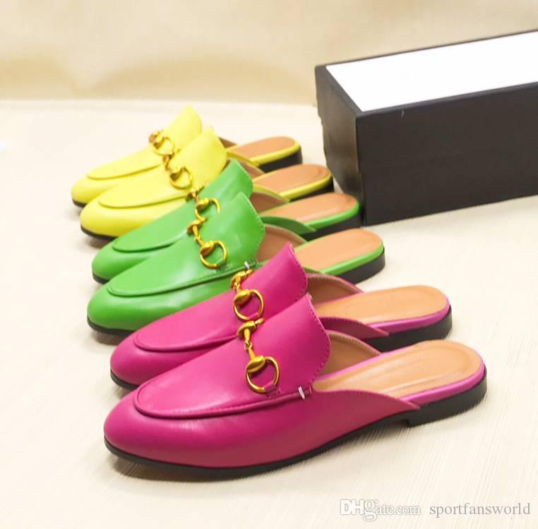2019 femmes concepteur oisif sandales jaune vert rouge Princetown horsebit mules chausson avec des chats pantoufle chaîne en métal boîte fraise
