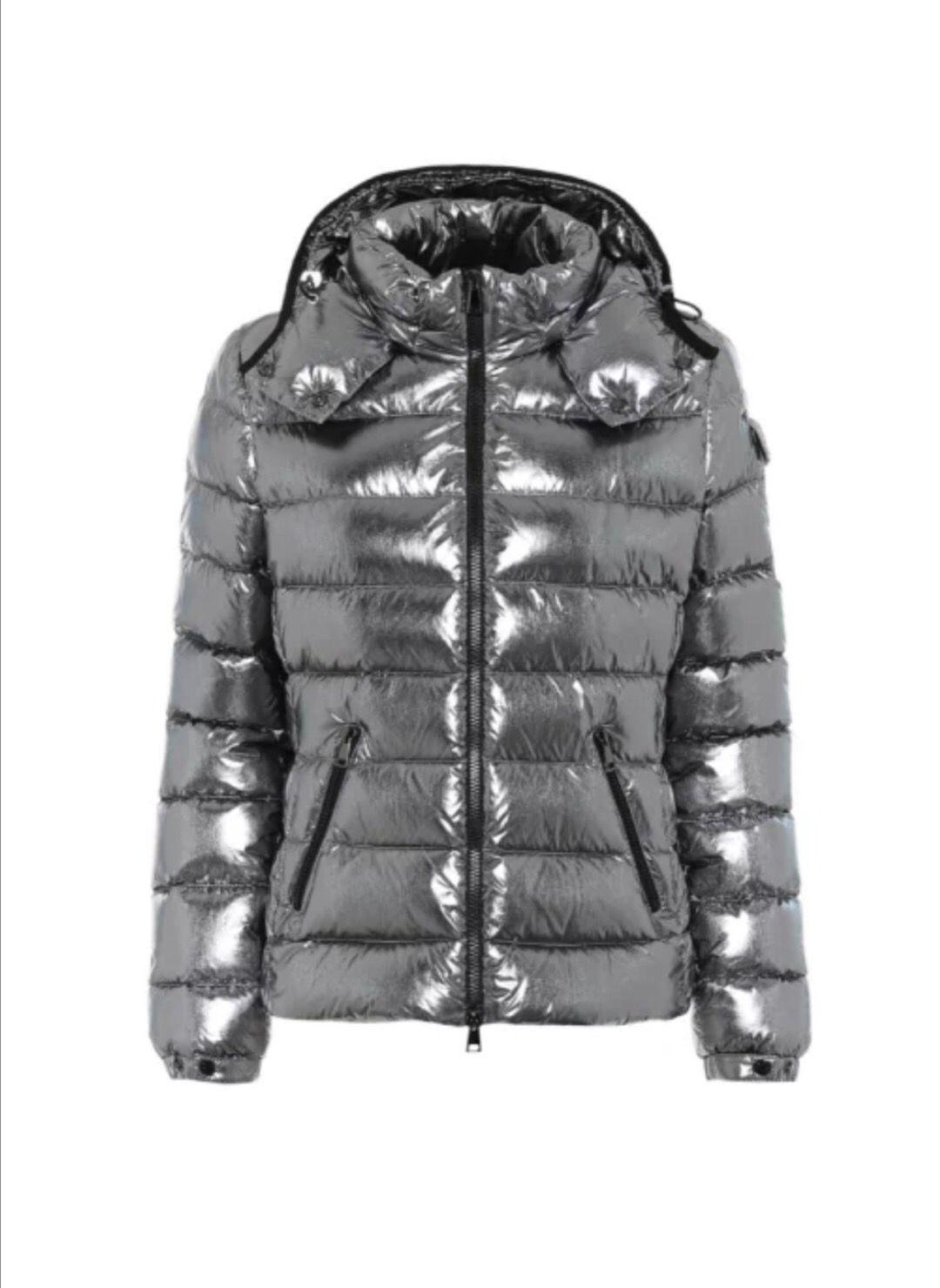 Branded Mulheres Winter Down Jacket Designer Lady Comprimento Brasão Sleeve capuz menina quente Grosso Sliver Outwear