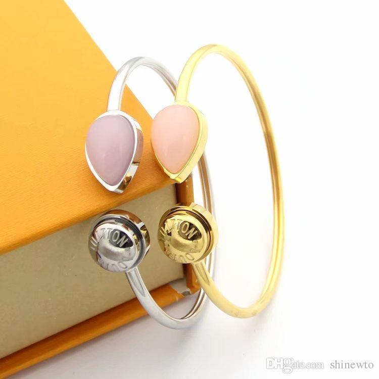 Moda Hot Sale Senhora Letra 18k Titanium Aço Folha Rosa Ágata V banhado a ouro Abrir Bracelet Bangle 2 Cor