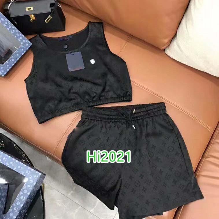 하이 엔드 여성 여자 캐주얼 정장 모두에 걸쳐 모노그램 편지 쓰기 인쇄 짧은 블라우스 스웨터 티 + 같은 반바지 2020 패션 고급스러운 디자인 세트 조끼