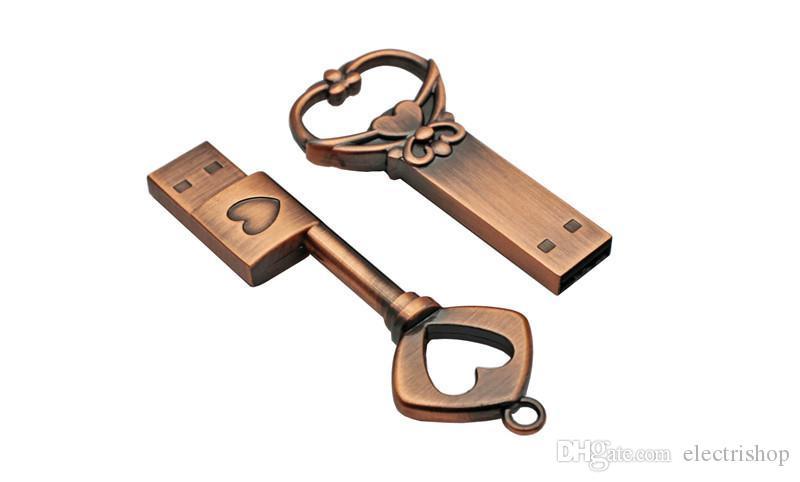 Hohe qualität kupfer liebe herzförmige schlüssel usb flash drive pendrive pen drive 4 gb 8 gb 16 gb 32 gb metall schlüssel memory stick hochzeitsgeschenk