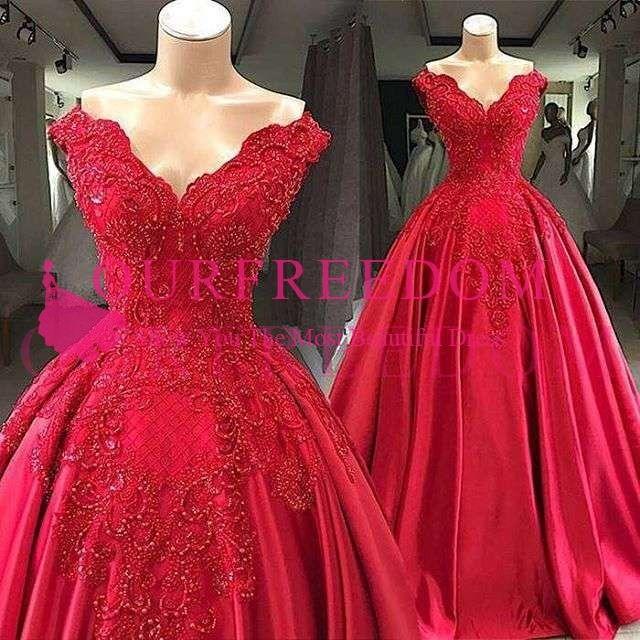 2019 Elegante Vermelho Fora Do Ombro Vestidos de Noite Frisada Cristal Apliques Uma Linha De Cetim Até O Chão Vestidos de Baile Ocasião Formal Personalizado