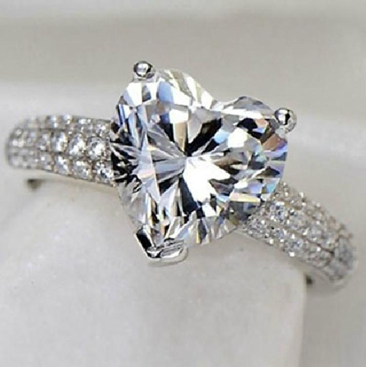 Модельер Серебряное кольцо и платина Заполненный 3 CZ Бриллианты для женщин Свадебная мода сердце Фасонное кольцо Jewelry2dae #