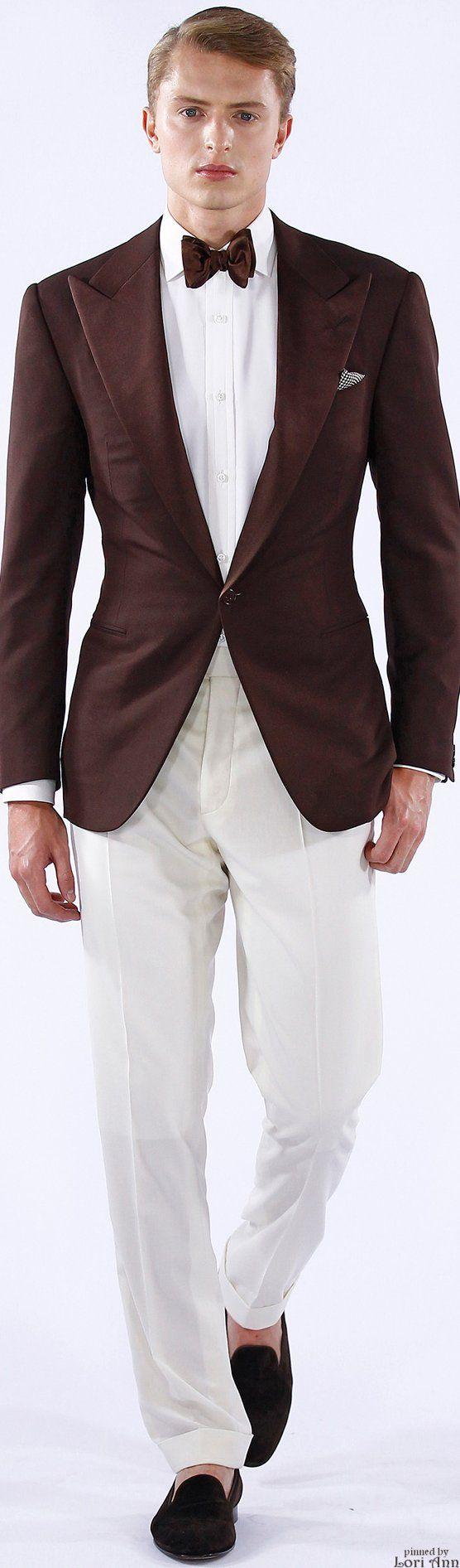 Popular One Button Groomsmen Peak Lapel Groom Tuxedos Groomsmen Best Man Suit Mens Wedding Suits Bridegroom (Jacket+Pants+Tie) B598