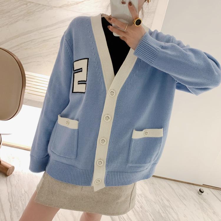 100% de lana suéter de las mujeres 2020 Primavera / Verano suéteres patrón de estilo New College de Cárdigan de punto Letter