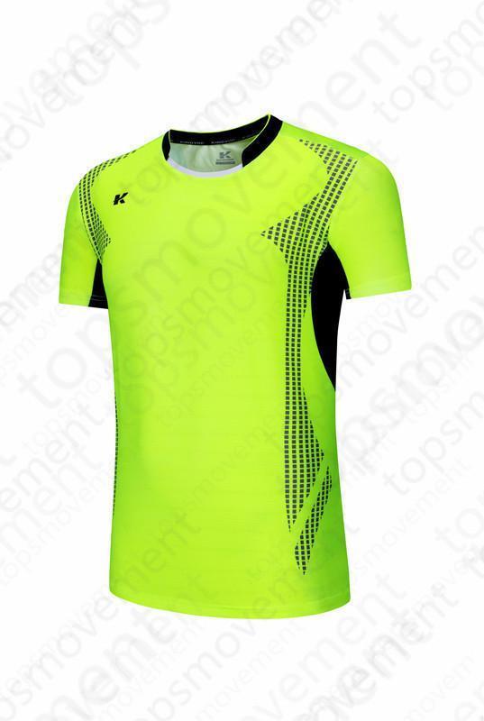 Lastest de los hombres de fútbol de los jerseys de la venta caliente del desgaste ropa al aire libre de fútbol de alta calidad 2020 00638079