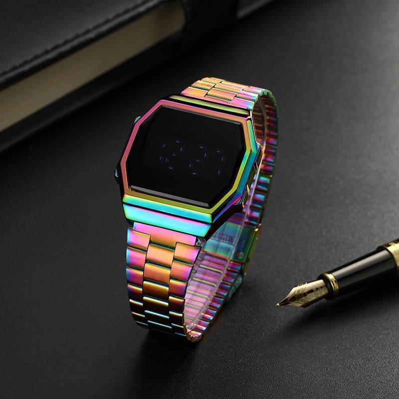 2020 الجديدة الفاخرة الرجال الساعات الرياضية LED الرقمية Relógio مصمم الساعات CASI الرقمية الساعات relojes دي lujo الفقرة HOMBRE المقلدة