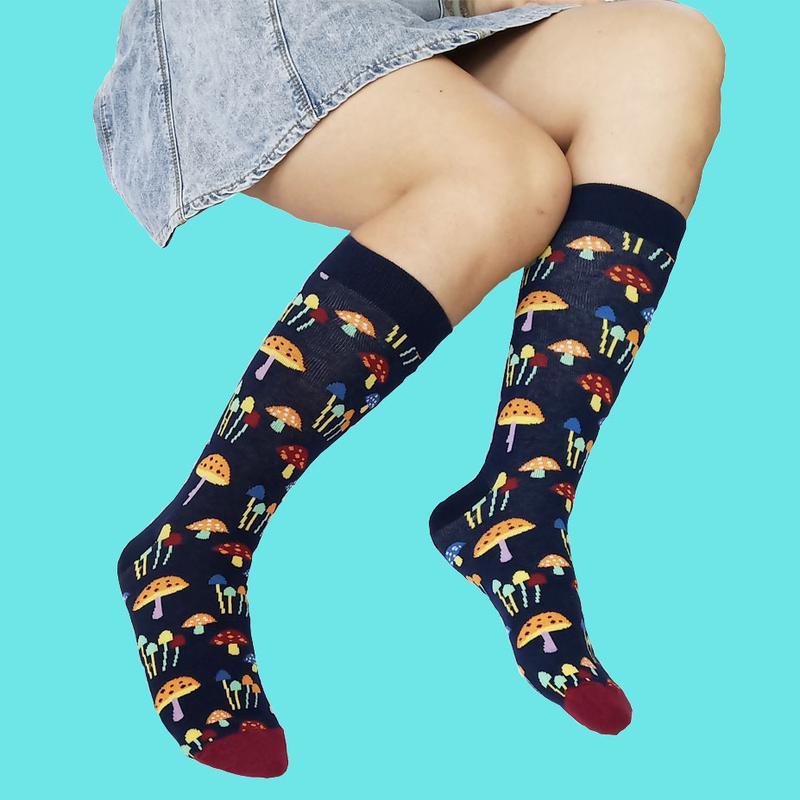 L'arrivée de nouveaux hommes femmes chaussettes de coton homme motif écureuil champignon mignon coccinelle drôle de chaussettes de robe Calcetines Chaussettes
