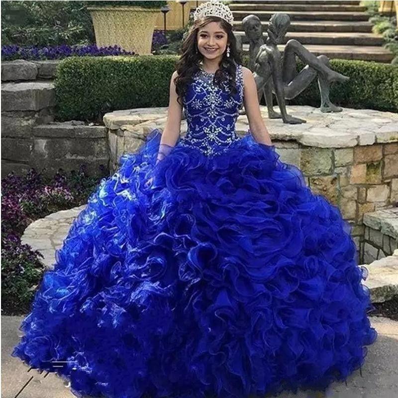 New Caminhada Cascading Ruffles Royal Azul Quinceanera Vestidos Jóia Pescoço Crystal Organza Doce 16 Vestido Com Taxa Grátis Crown Vestidos 15 Anos