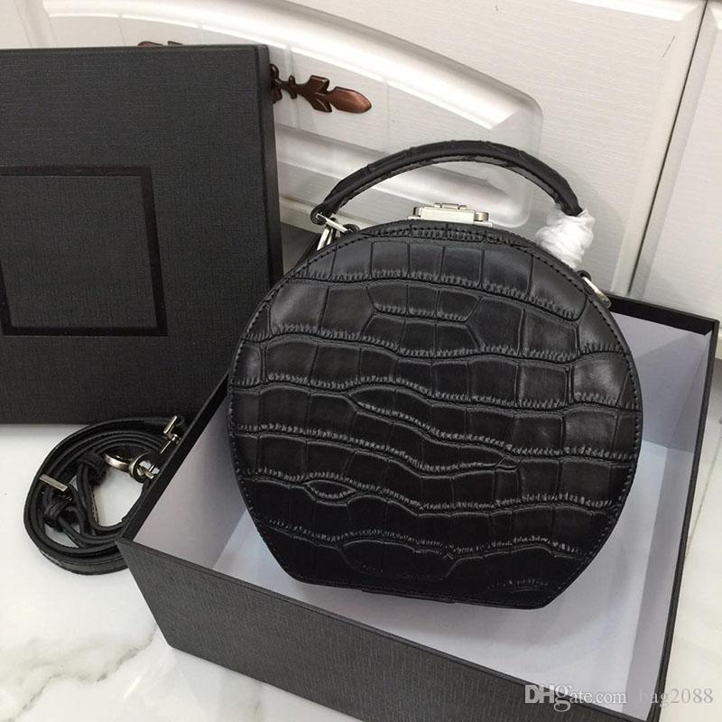 Fashion Luxury Designer Bag Round Tote Designer Tote Bag Luxury Tote Original Imitation Leather Production Model: 6010 &#89 SL
