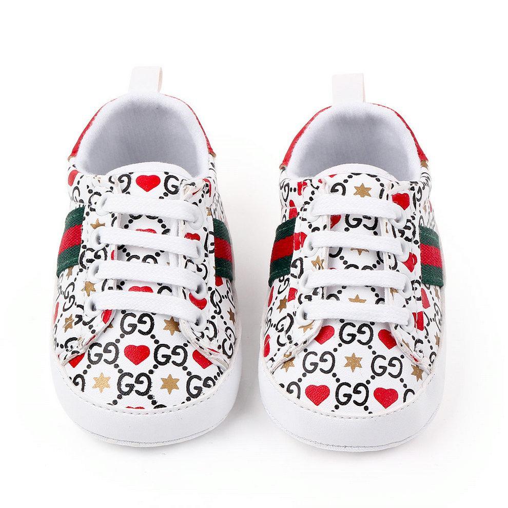 Marque Chaussures bébé Designer Newborn Garçons Filles Chaussures enfant en bas âge antiglisse doux bébé Sneakers Casual