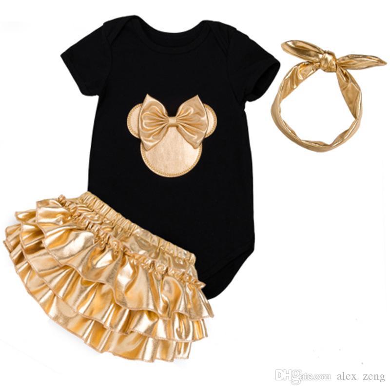 ملابس الطفل فتاة ملابس مل 3pcs مجموعات أحذية أبيض أسود القطن السروال القصير الذهبي الكشكشة البنطلونات القصيرة العصابة الوليد الملابس