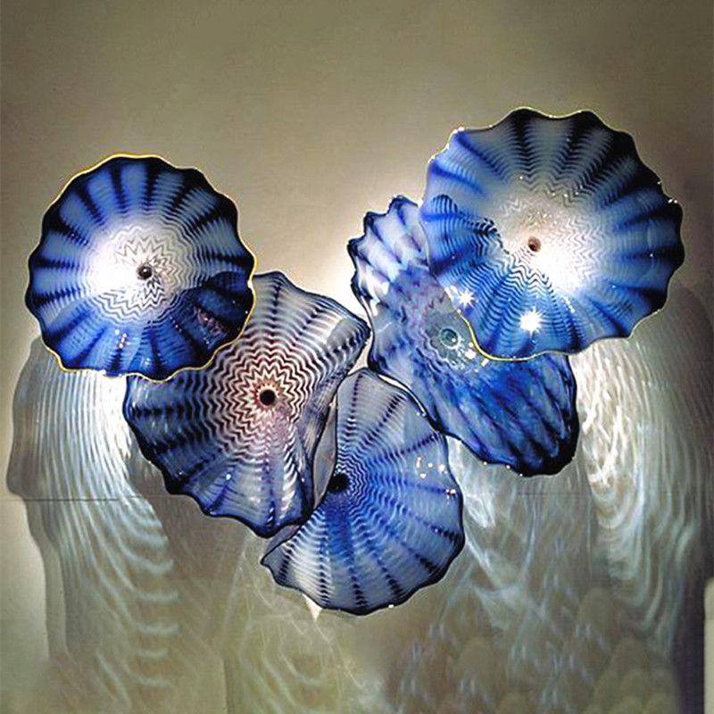 100% Mouth Blown Borosilicate Glass Plates Flower Wall Art Design Elegant Blue Color Modern Murano Glass Wall Hanging Art Deco Plates