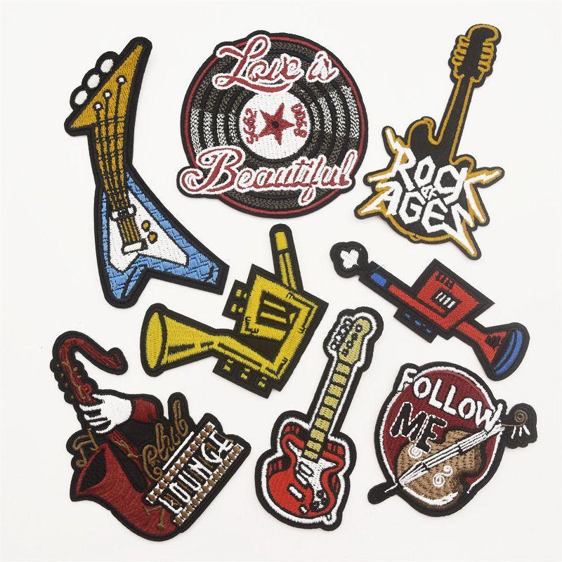 80pcs 기타 색소폰 락 롤 배지 음악 브랜드 심볼 로고 바느질 철에 패치 자수 아플리케