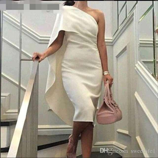 아이보리 새틴 짧은 외장 칵테일 드레스 2019 여성을위한 착용 어깨 무릎 길이 Pleated 섹시한 우아한 파티 댄스 파티 드레스