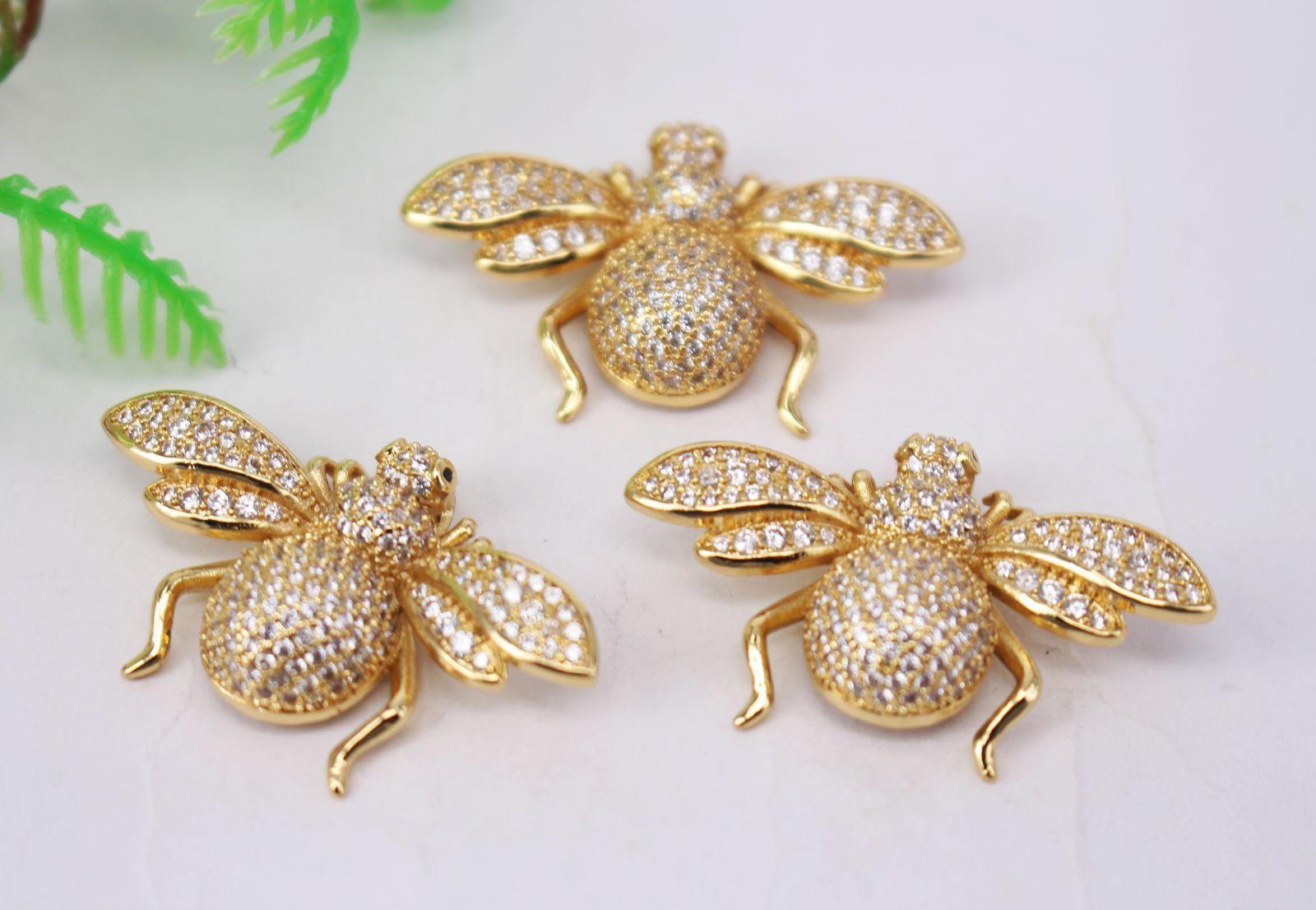 CALIENTE 5 x 21x35mm chapado en oro / perlas de circón conector colgante / pulsera / collar de joyas, forma de la abeja de metal del cobre blanca CZ